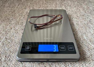 Weight: 3g