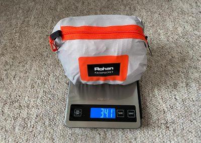 Weight: 341g